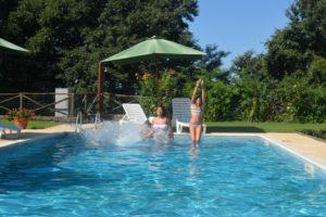 piscina di agriturismo nel lazio